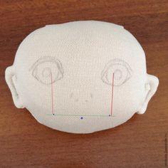 Рисуем губки текстильной кукле – Ярмарка Мастеров