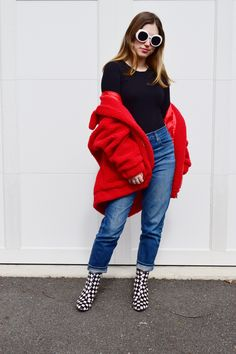 How to Style a Teddy Bear Coat. By No Repeats or Hesitations. teddy bear coat, teddy bear coat how to style, i am gia, i am gia the label, i am gia pixie coat, pixie coat. #fashionbloggers #styleinspiration
