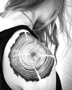 """Woodgrain shoulder piece by @melaniesteinway Denver Colorado USA"""