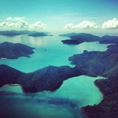 pap-aya:  Blue skies blue seas - Hayman Island taken from insta @celjnerydge XX