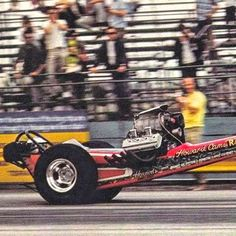 Howard Cams Rattler at The Beach, Lions Dragstrip. Funny Car Drag Racing, Funny Cars, Top Fuel Dragster, Old Race Cars, Vintage Race Car, Drag Cars, Car Humor, Sport, Hot Cars