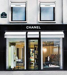 c9b0df108560f CHANEL Parfums Beaut+® - Boutique Saint Honor+® Chanel Boutique