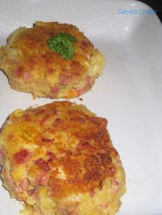 Carole's Chatter: Corned Beef Hash Cakes – Another Reprise Breakfast Items, Breakfast Recipes, Corned Beef Hash, Cooking Stove, Potato Recipes, Deli, Wine Recipes, Quiche, Cabbage