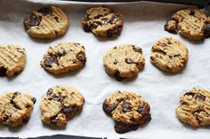 These are a take on a classic American cookies recipe. Yummy chewy triple chocolate cookies recipe that all your family and friends will love. Triple Chocolate Cookies, Chocolate Cookie Recipes, Coconut Chocolate, Biscuit Cookies, Chip Cookies, American Cookies Recipe, Dessert Recipes, Desserts, Celebration Cakes