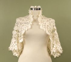 Ready to Ship. I ship your orders within 1 to 3 business days as soon as I receive your payment. Please contact for the shipping date. Material: Mohair Acrylic Size : S / M / L Thank you very much for visiting my shop. Wedding Cardigan, Wedding Shrug, Bridal Bolero, Lace Bolero, Bridal Cape, Bolero Jacket, Ivory Wedding, Knit Shrug, Shrug Sweater