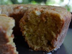 Ingredientes   1 laranja inteira  1 xícara de farinha de trigo peneirada  3/4 de xícara de açúcar mascavo