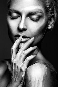 The portfolio of Fashion Photographer, Lindsay Adler.