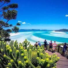 Whitehaven Beach é um dos destinos mais procurados da Austrália e é considerada uma das mais bonitas do mundo! (via Guia Viajar Melhor no Twitter)