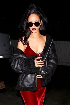 "celebritiesofcolor: "" Rihanna at Giorgio Baldi Restaurant in Santa Monica "" www.fashionclue.net 
