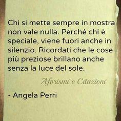 Angela Perri - luce - prezioso - umiltà