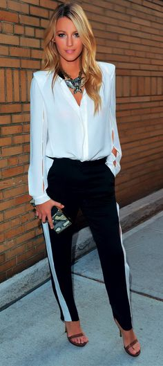 50 Great Blake Lively Street Style Outfits — Style Estate