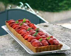 La cuisine de mercotte - tarte fraises rhubarbe amandes Waffles, Biscuits, Sweet Tooth, Cheesecake, Strawberry, Food And Drink, Lunch, Cooking, Breakfast