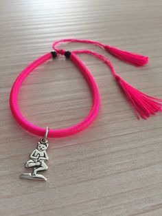 Yoga Cat Silver 925 Charm on Pink Fluo Cotton di RevolutionJewels