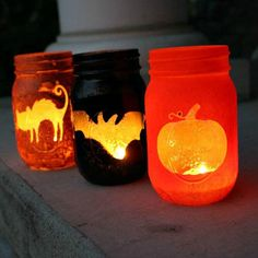 These Halloween Mason Jar Luminaries may just be the most perfect Halloween decoration EVER! They are beyond easy - I may even go as far as to say they are pretty idiot proof!