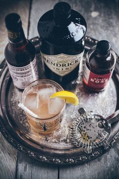 cardamom and rose gin & tonic