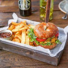 Sunday burgers #meat #meatbybeat #meatrestaurant #steakhouse #steaks #azerbaijan #baku #restaurants #food #cuisine #beef #veal #burgers