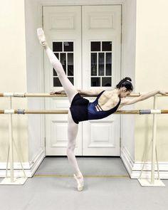 Vaganova Ballet Academy, Ballet Images, Ballet Photography, Photography Ideas, Russian Ballet, Dance Academy, Dance Lessons, Learn To Dance, Ballet Beautiful