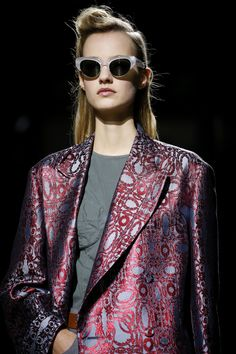 Dries Van Noten Spring 2016 Ready-to-Wear Fashion Show Details