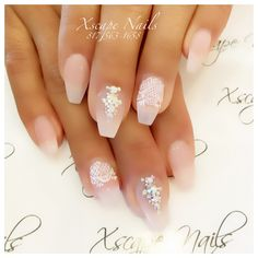Lace pink coffin nails