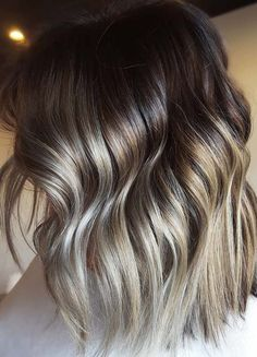 Best ideas of warm balayage hair colors 2018 to try right now. Here you may collect amazing and fresh ideas of balayage hair highlights to wear in every season of 2018. These are suitable for every hair length.