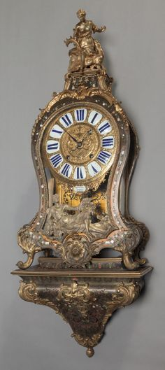 Decorative Arts, Continental:Other , A LOUIS XIV BOULLE BRACKET CLOCK, circa 1710-1715. Marks to clockface and works: MŸNÜEL A PARIS. 32 x 16 x 7 inches (81... Image #1