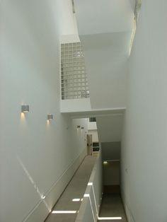 Galería de Aulario de la Escuela de Derecho / Joaquín Galán Vallejo - 28