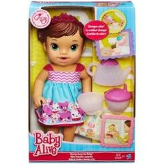 """Watch as your little one takes on the role of """"mommy"""" with her Toys""""R""""Us Baby Alive doll. Shop Baby Alive dolls, clothes, and accessories. Muñeca Baby Alive, Baby Alive Dolls, Little Doll, Little Girls, Baby Toys, Kids Toys, Baby Doll Diaper Bag, Bb Reborn, Babe"""