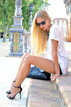 B&W | DearDiary-fashion