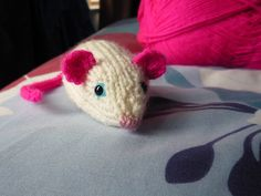 Nibbles the mouse  #knitting