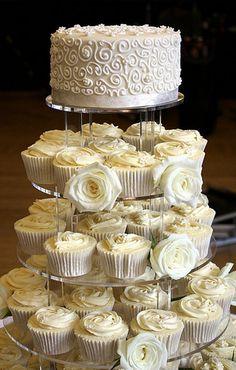 Wedding Cupcakes | Cupcake Wedding Cakes That Rock | Team Wedding Blog