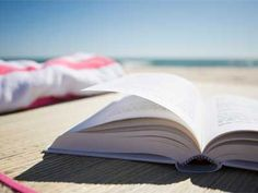 10 Awesome Summer Beach Reads