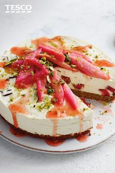 Amaze your guests with this beautiful Turkish delight cheesecake recipe, topped with pistachio and rhubarb. Find lots more Dessert recipes at Tesco Real Food. Baking Tins, Baking Recipes, Dessert Recipes, Desserts, Sprouting Sweet Potatoes, Brunch, Baked Cheesecake Recipe, Tesco Real Food, Turkish Delight