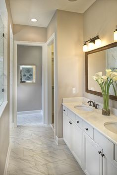 Bright and light - just what a bathroom should be. The Laurent Model.