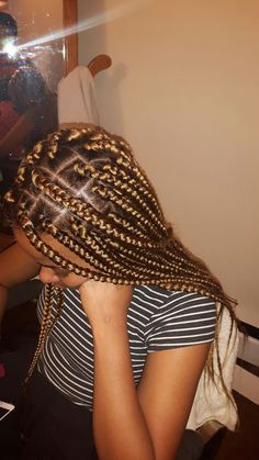 43 Cool Blonde Box Braids Hairstyles to Try - Hairstyles Trends Cute Box Braids, Large Box Braids, Blonde Box Braids, Short Box Braids, Jumbo Box Braids, Braids For Black Hair, Brown Box Braids, Box Braids Hairstyles, Latest Braided Hairstyles
