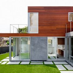 Modern Exterior Photos White Stucco Design, Pictures, Remodel, Decor and Ideas - page 10
