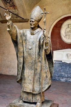 Florence - Pope John Paul II Statue