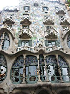 Did I pin this already? It's stunning isn't it? #Barcelona
