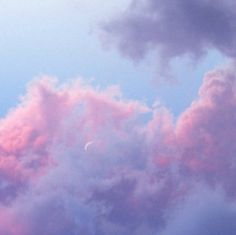 Acethetic / pastel / sky aesthetic, clouds и purple aestheti Sky Aesthetic, Purple Aesthetic, Aesthetic Grunge, Pretty Sky, Beautiful Sky, Beautiful Images, Apple Tumblr, Image Tumblr, Lilac Sky
