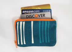 tutorial for zippered pouch with gusset--just the right size for credit cards--gotta make me one!