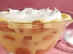 Alton Brown's/Homemade Banana Pudding/Vanilla Wafers/Whipped Cream  http://www.youtube.com/watch?v=Jek1cI7h97E  Here is written recipe for pudding with whipped cream..http://www.foodnetwork.com/recipes/alton-brown/baked-banana-pudding-recipe/index.html  vanilla wafers: http://www.foodnetwork.com/recipes/alton-brown/vanilla-wafers-recipe/index.html  whipped cream: http://www.foodnetwork.com/recipes/alton-brown/whipped-cream-recipe/index.html