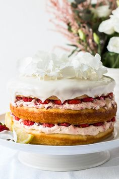 Strawberry Lemonade Cake consists of zesty light sponge cake layers with a whipped cream and fresh strawberry filling. The perfect cake to share with family. By Emma Duckworth Bakes Strawberry Lemonade Cake, Strawberry Filling, Strawberry Recipes, Roasted Strawberries, Strawberries And Cream, Raspberry Cheesecake, Cheesecake Desserts, Chocolate Chip Recipes, Chocolate Chips