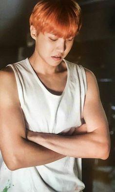 from the story Mi Demonio (Jhope Y Tu) One Shot by kpop_aly with reads. Pov __: Jhope se me quedo mirando intran. Jung Hoseok, Kim Namjoon, Gwangju, Jimin, Bts Bangtan Boy, Bts Boys, Rapper, Foto Bts, Lee Min Ho