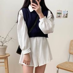 Korean Girl Fashion, Ulzzang Fashion, Korean Street Fashion, Cute Casual Outfits, Pretty Outfits, Stylish Outfits, Fashion Outfits, 90s Fashion, Korean Outfit Street Styles