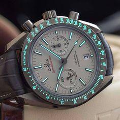 Omega Speedmaster | #WRISTPORN by @WristMachine | www.wristporn.com