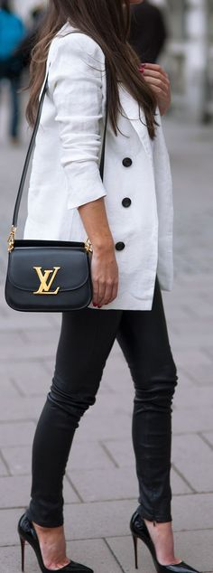 40+ Outfits You Must Try. Black Louis Vuitton BagLouis ... ba6189bb6c534