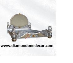 Regal Baroque Louis XV French Reproduction Victorian Settee - Diamond One Decor Louis Xvi, Swan Chair, Rococo Furniture, Rococo Style, French Decor, Bed Styling, Settee, Baroque, Victorian