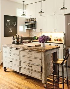 Identifying 12 of the Most Popular Interior Design Styles: Shabby Chic Design Your Kitchen, New Kitchen, Kitchen Ideas, Kitchen Box, Rooster Kitchen, Studio Kitchen, Cozy Kitchen, Kitchen Worktop, Kitchen Small