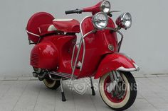 c1963 Vespa Piaggo 150cc Scooter - Classic Vehicle Auctions - Shannons
