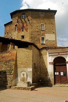 castello di cisterna senior personals Use our free personal ads to find available singles in castello di cisterna and get to know them in our chat room castello di cisterna senior dating.