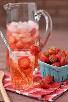 Strawberry Spa Water | 17 Infused Water Recipes for Happy Hydrated Homesteaders by Pioneer Settler at  http://pioneersettler.com/17-best-infused-water-recipes/